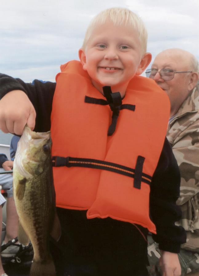 Lucky-Strike-boy-fish